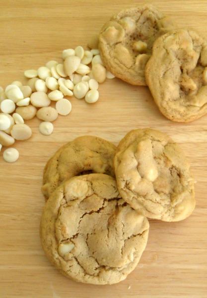 white choc macadamia nut cookies