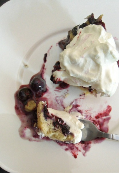 blueberry and cream cake