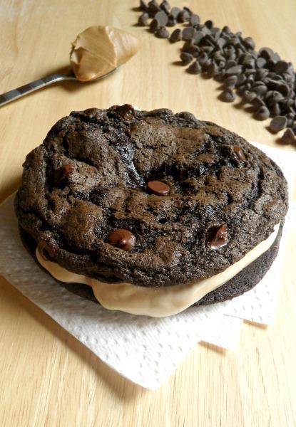 chocolate pb ice cream sandwich