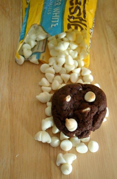 white choc fudge cookies