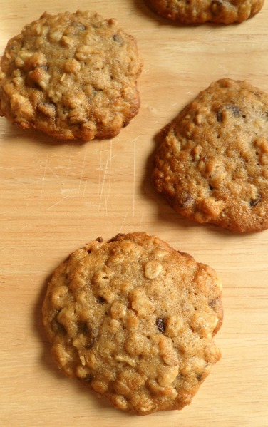 banana oatmeal choc chip cookies